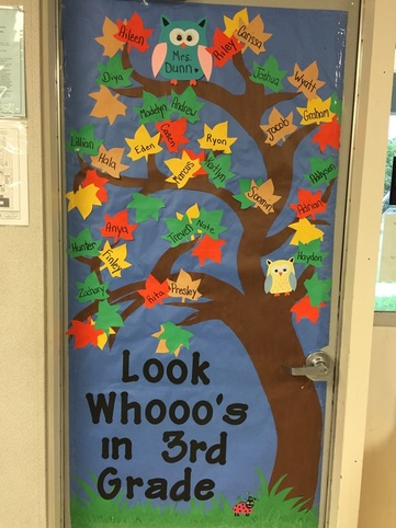 September door decoration for Art room door decoration